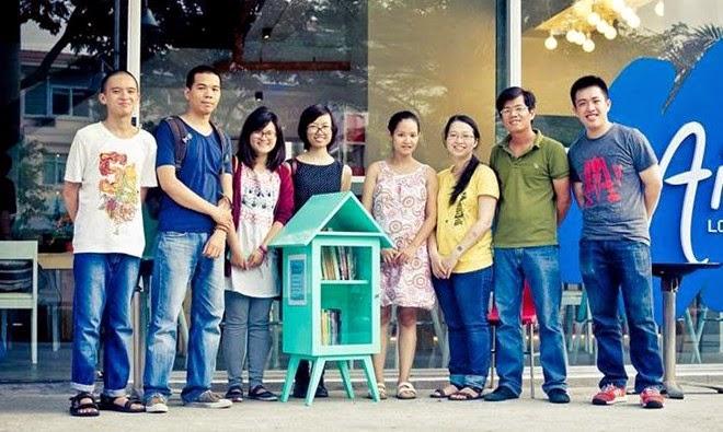 Các thành viên của dự án Book Box.