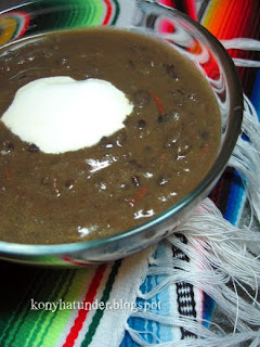 Mexican-black-bean-soup