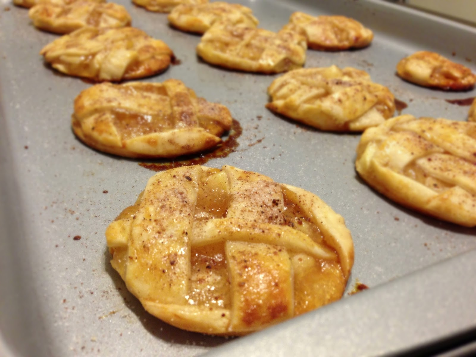 Chronicles of a Foodie: Apple Pie Cookies