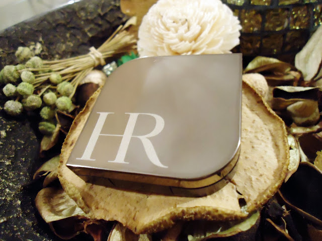 Helena Rubinstein's Wanted Eyes Color Duo in Black Onxy & Moon Stone