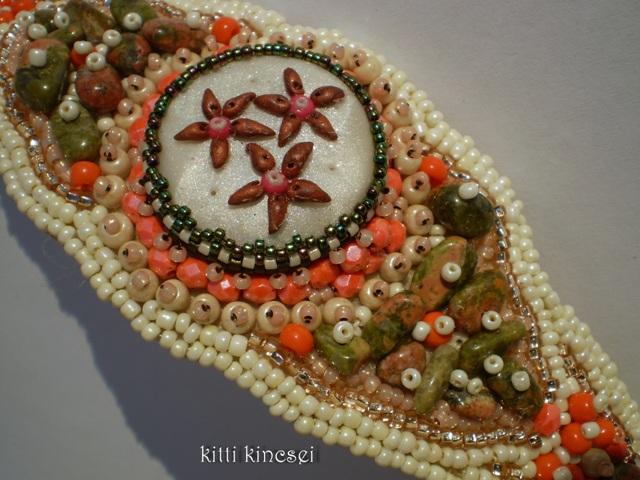 Kitti Kincsei március 2012