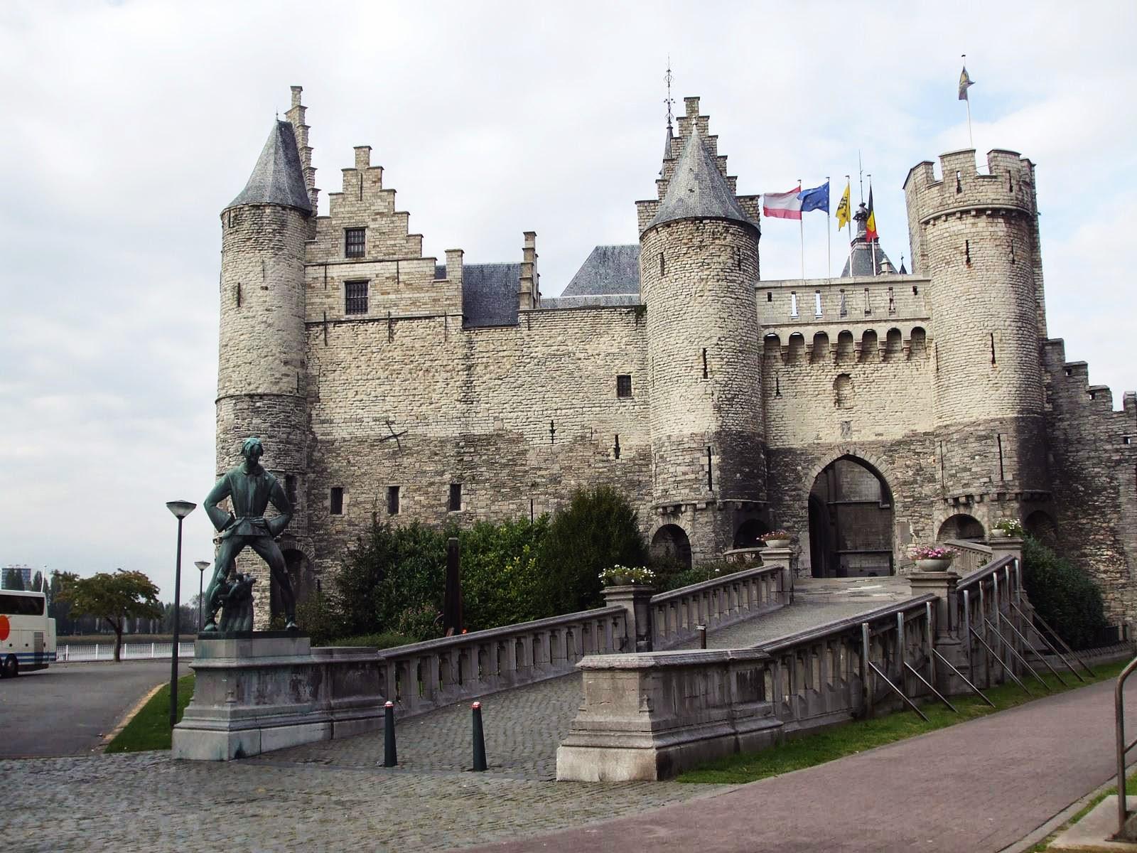 castillo de Het Steen amberes