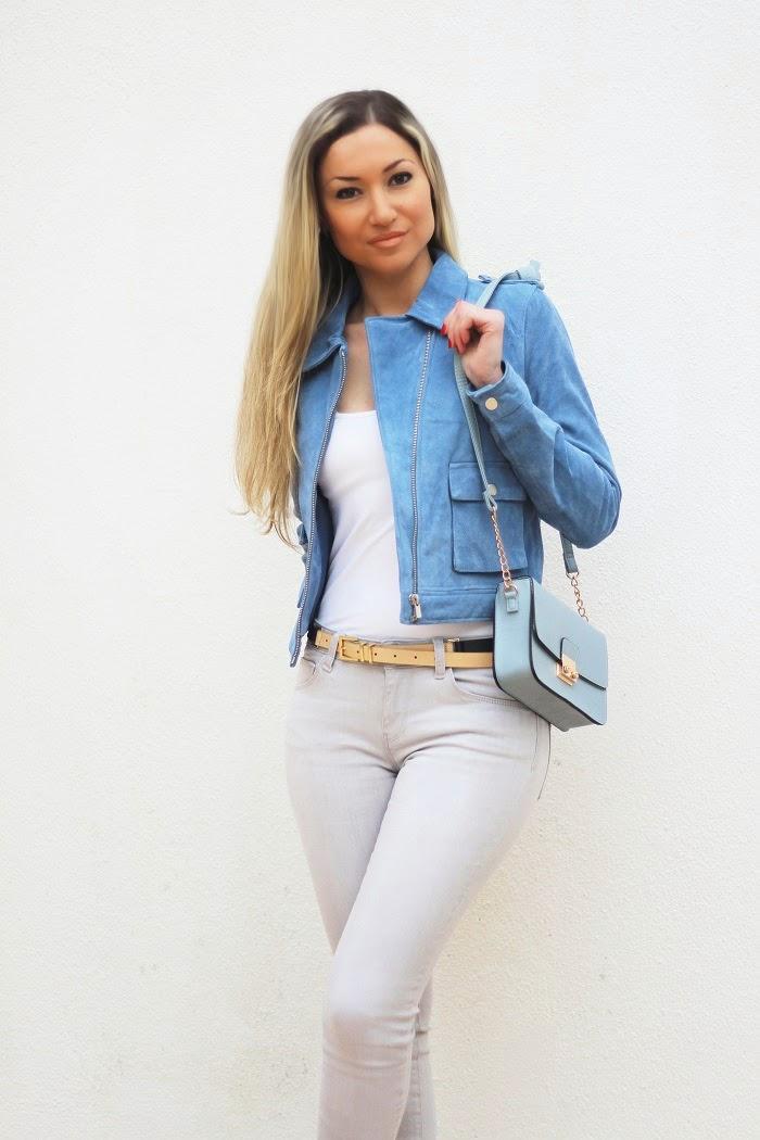 No Look do dia de hoje, apresento-vos um outfit com um blusão giríssimo da Nova Colecção Primavera/Verão da Mango. Dicas de Moda e Imagem no Blog de Moda Style Statement. Primavera/Verão 2015, Tendências. Casacos, pele croûte, skinny jeans, cinza claro, azul cobalto. Blog de moda portugal, blogues de moda portugueses. Cobalt blue jacket.