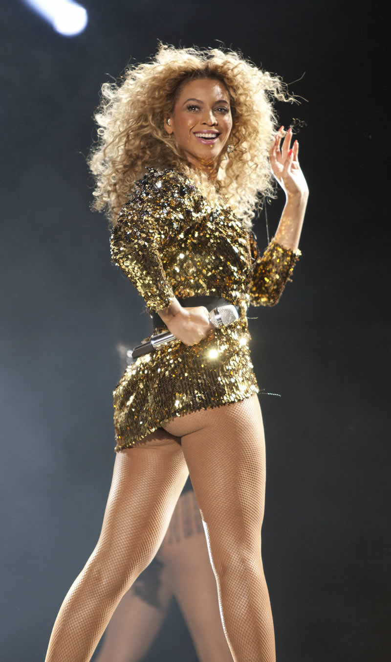 Beyonce sexy legs and thighs what
