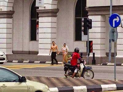 5 Gambar Pasangan Pengantin Cina Berjalan Separuh Bogel di Ipoh