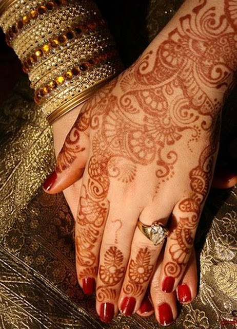 Hand Arabic Indian Bridal mehndi designs