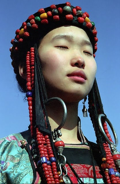 Mongolian girl, image source: google: http://prettyparrot.blogspot.com/2011/10/mongolian-girl-image-source-google-do.html