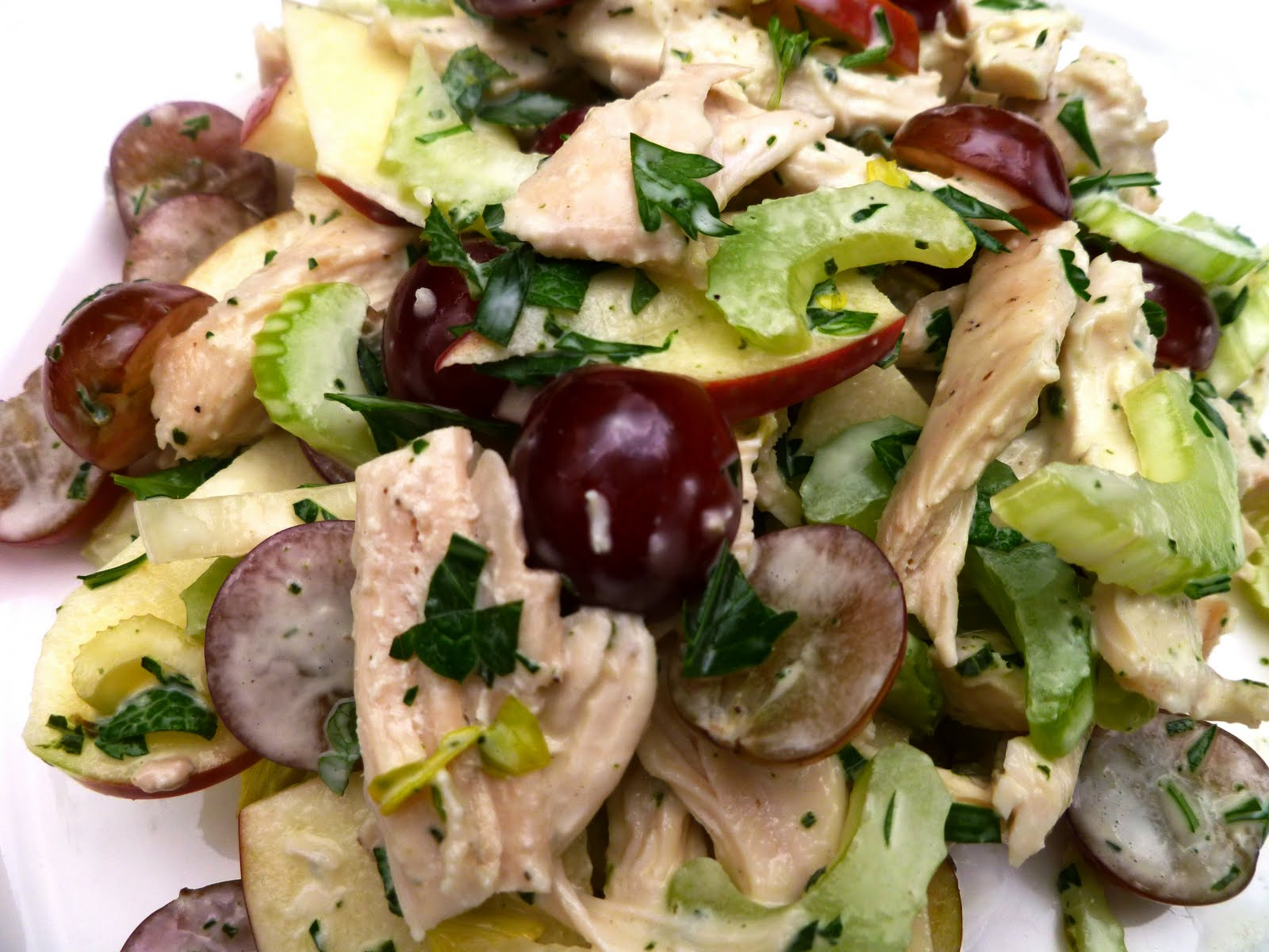 City Home/Country Home: Chicken Tarragon Salad with Apples and Grapes