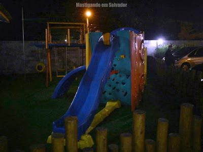 A Porteira: Parque infantil da loja da Boca do Rio