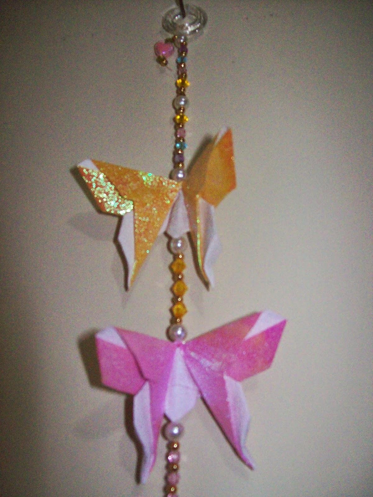 Borboletas Origami - rosa e amarela