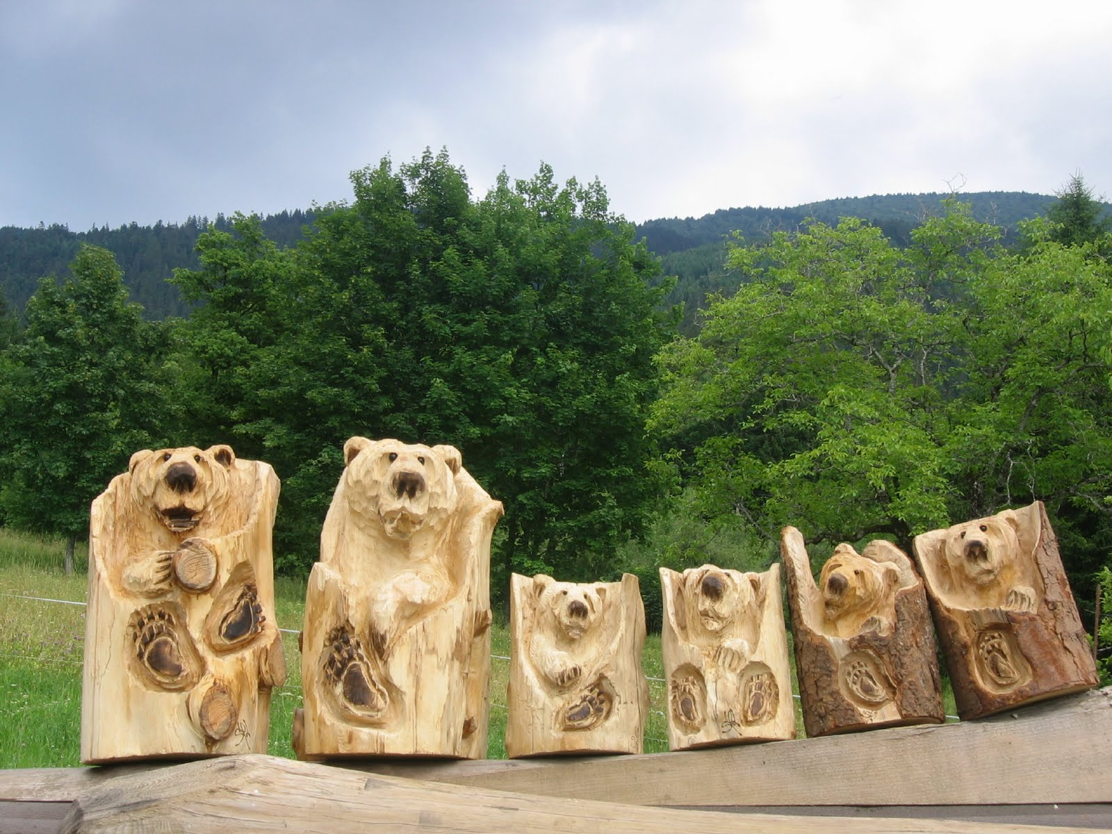 Sculpture sur bois à la tronçonneu