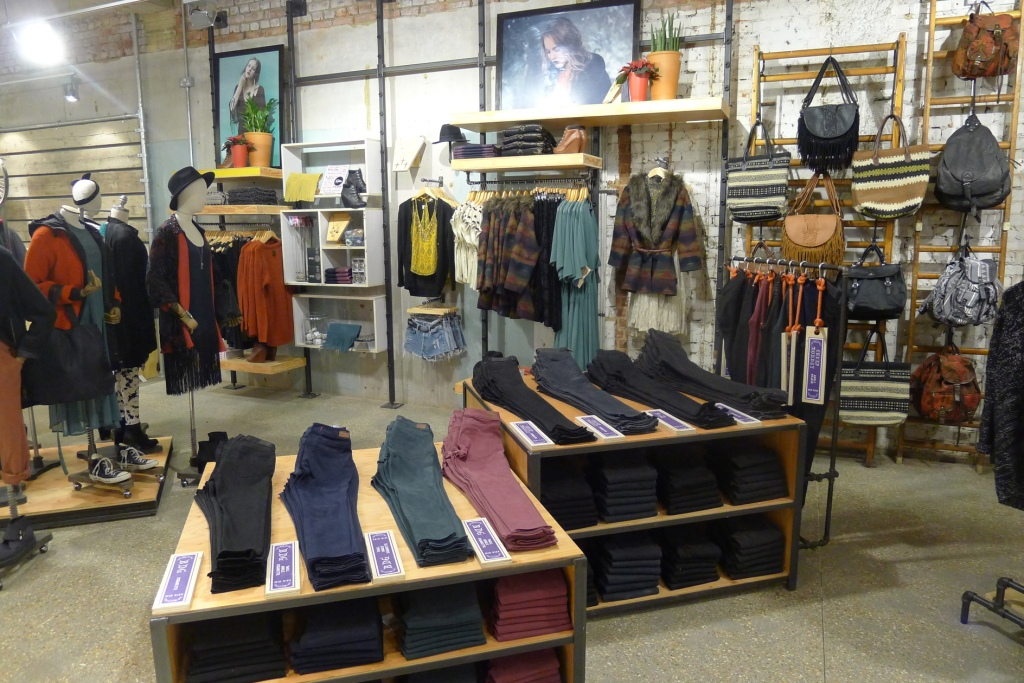 Clothes Shop Interior Wall Home Decorating Ideas