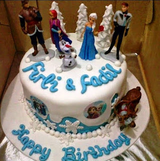 Bentuk Kue Ulang Tahun Frozen