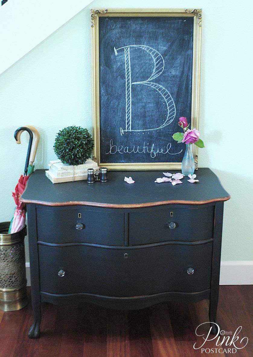 Curvy black dresser noble vintage for Black chalk paint dresser