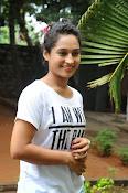 Pooja Ramachandran Glamorous photos-thumbnail-7