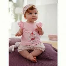 foto bayi perempuan cantik dan lucu