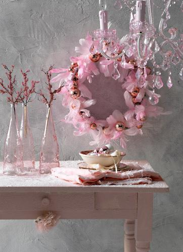 pink wallpaper room. Paint your Home in pink !