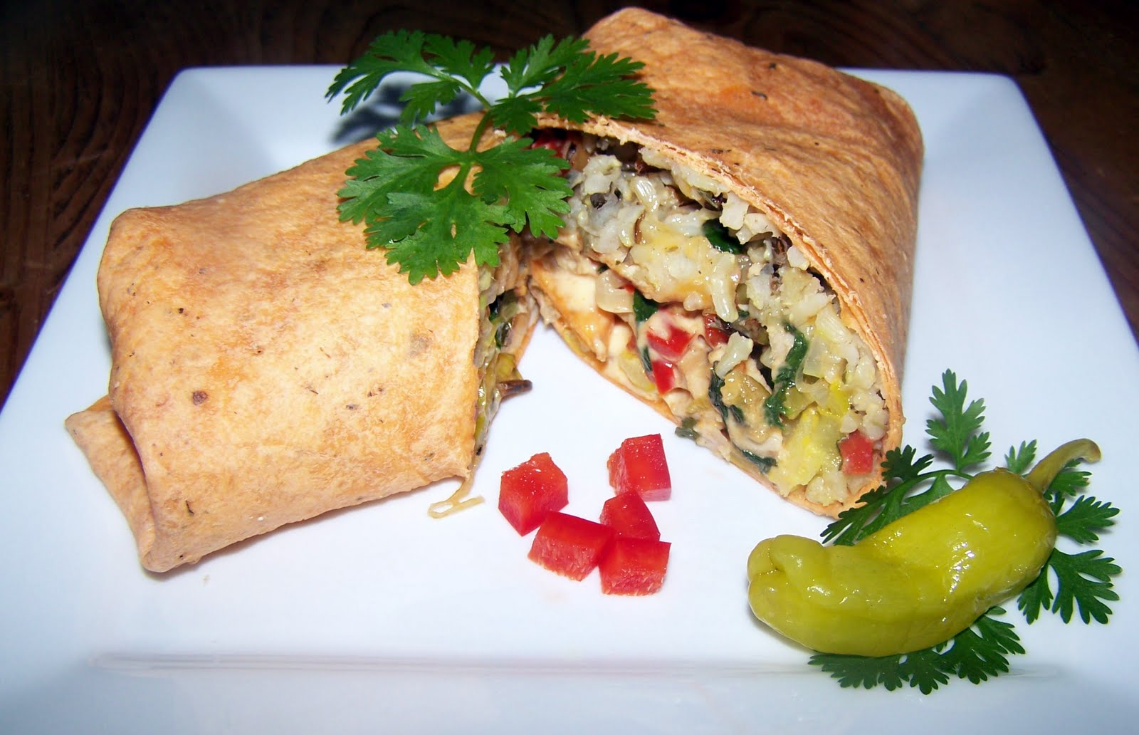 TheKitchenCookie: Chipotle Chicken and Rice Wrap