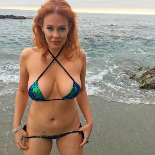 Hot ladies - Maitland Ward Topless on SnapChat