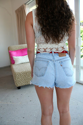 Jean shorts, DIY, lace tops, Mexican fashion, street style, fresh and precious, tropical fashion, summer fashion trends