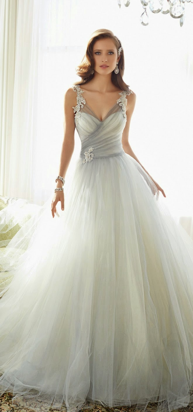 best wedding dresses of belle the magazine the wedding best wedding dresses of 2014 belle the magazine the wedding blog for the sophisticated bride