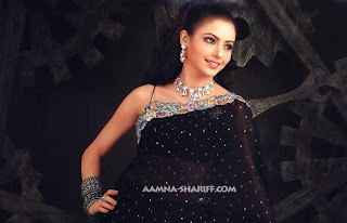 Aamna Sharif Hot Sexy Photo 14