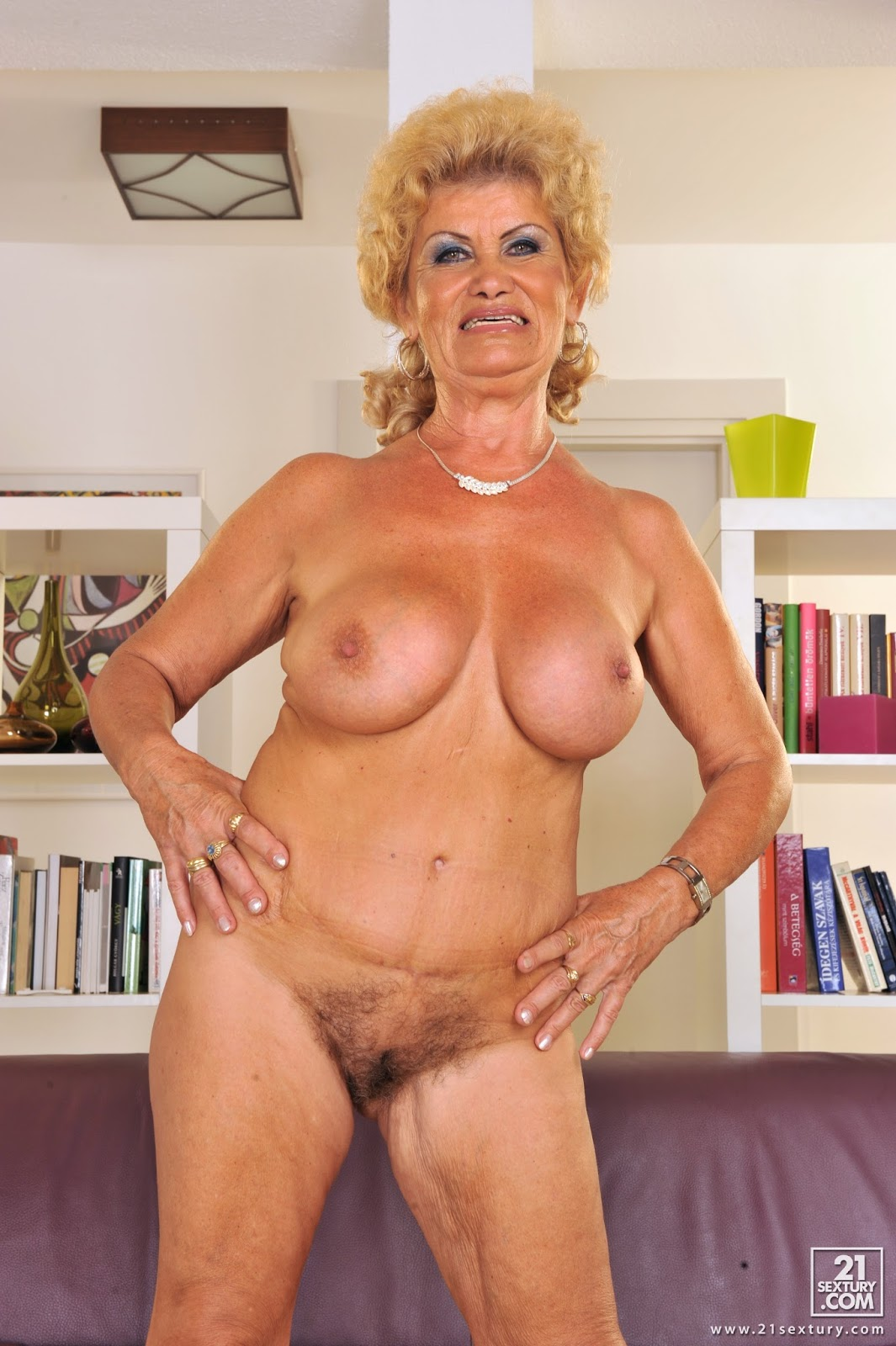Oldnanny lacey star lesbian theme sexy video 6