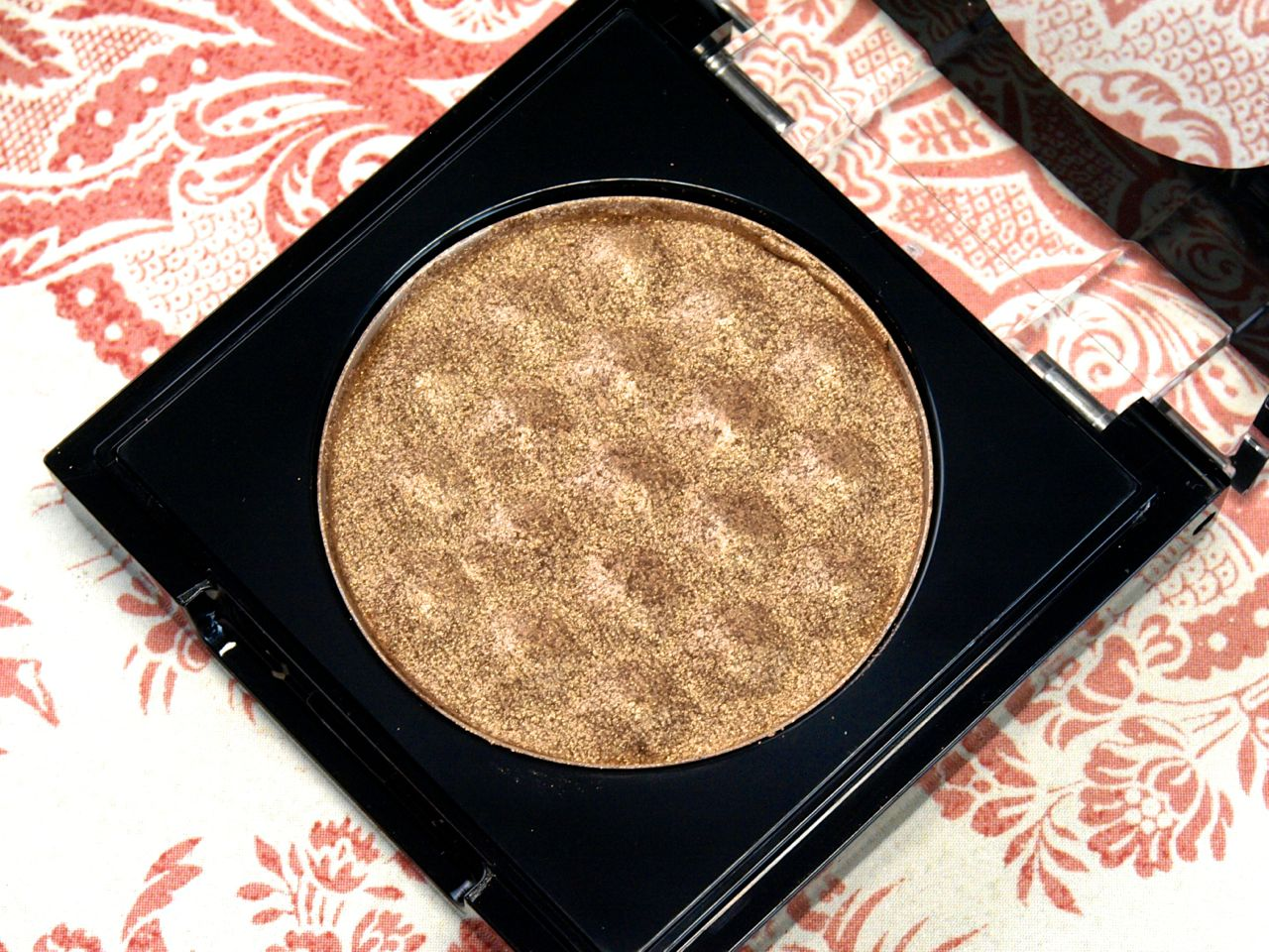 """Total Intensity by Prestige True Metals Eyeshadow in """"03 Copper"""" & """"05 Bronze"""": Review and Swatches"""