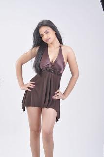 Actress-Ritu-Kaur-Hot-Photos_actressphotoszone.blogspot.com_7.jpg