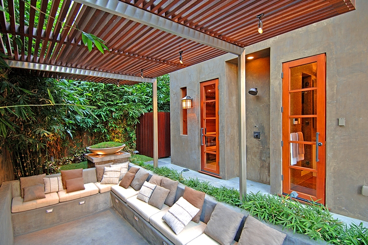 Terrace in Calvin Harris's new celebrity house