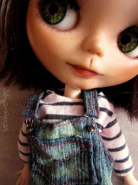 Caty con peto vaquero oversize para blythe o basaak doll