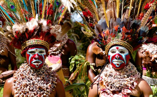 Tribal headwear in Papua New Guinea