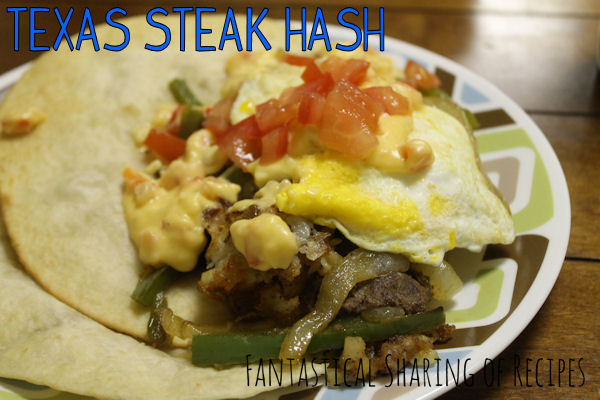 Texas Steak Hash | Don't miss out on this incredibly tasty combination of steak, potatoes, fried egg, and more!