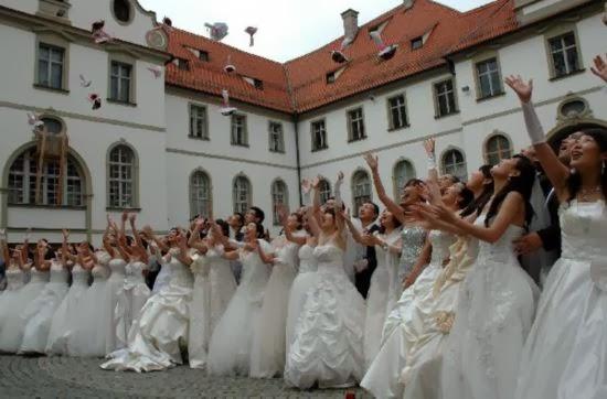 wedding neuschwanstein castle new swan stone