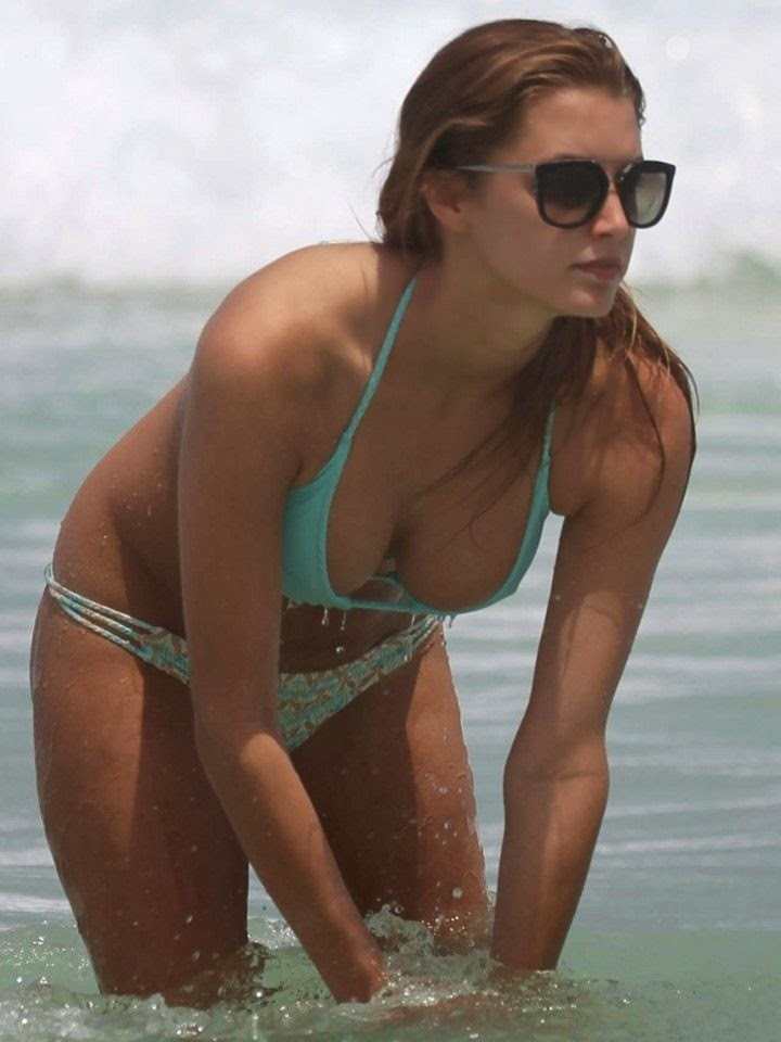 Alyssa Arce,‭ ‬who rose to fame in the fabulous magazine at USA,‭ ‬heated up Miami Beach on Thursday,‭ ‬May‭ ‬1,‭ ‬2014.