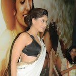 Kareena Kapoor Khan in Hot Saree Photos