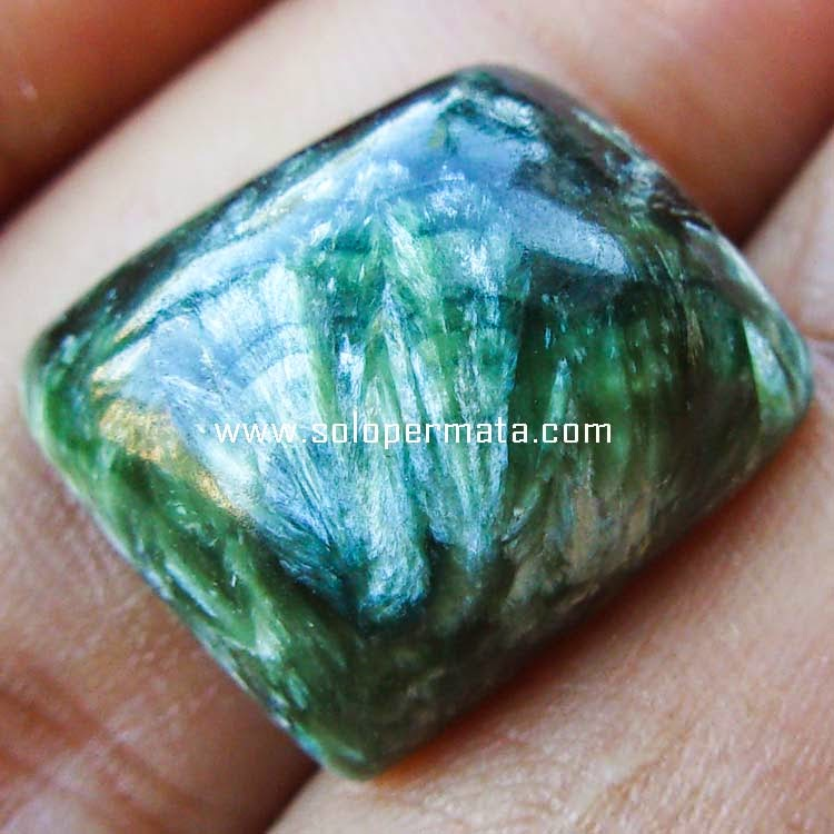 Batu Permata Green Seraphinite Bulu Monyet