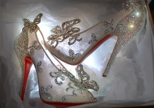 Gambar Sepatu Kaca Princess Cinderella Animasi Kartun Walt Disney HD