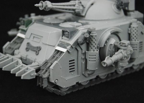 Warhammer 30k Sons of Horus  SOH+Predator+WIP+06