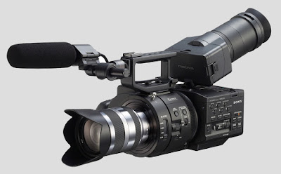 Click here for more information about the Sony NEX-FS700