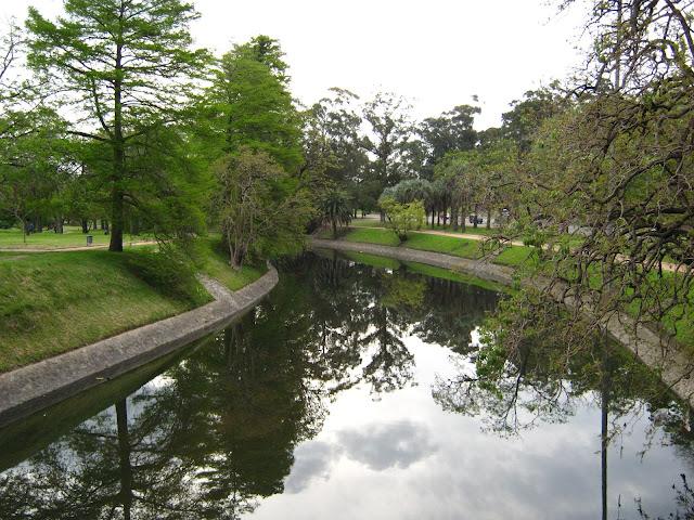 Foto del arroyo Miguelete en el prado montevideo uruguay