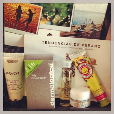 Glossybox junio 2013: Festival de color