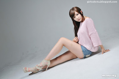 1 Ryu Ji Hye-Pink Sweater-very cute asian girl-girlcute4u.blogspot.com