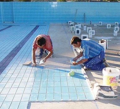 Piscinas sol y agua decoraci n de piscinas - Azulejos para piscina ...
