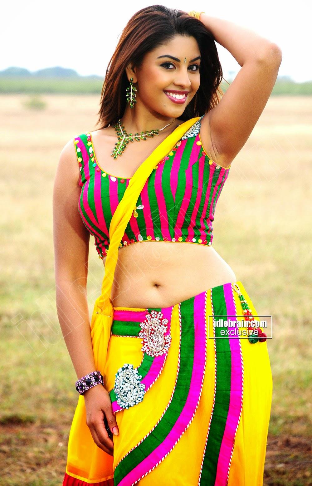 Richa Gangopadhyay armpit