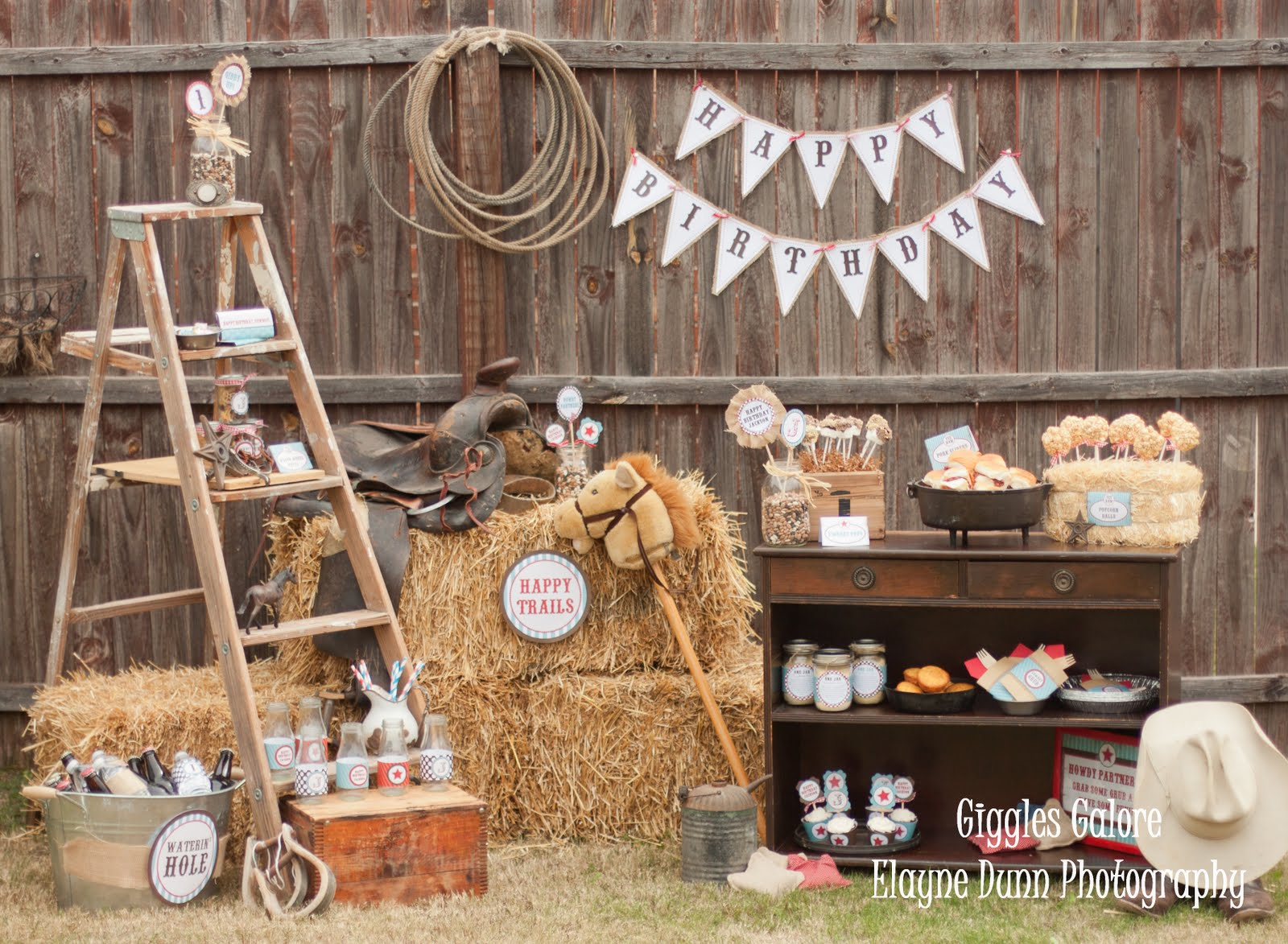 Classic cowboy party package giveaway for Decoration western country