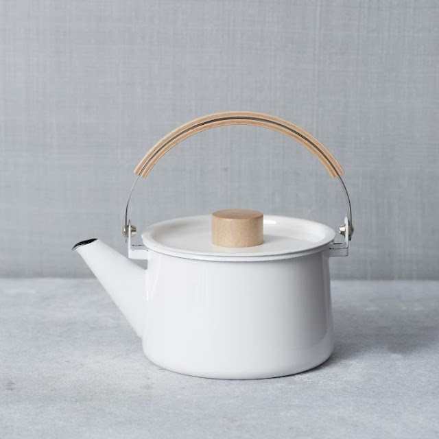 West Elm, market, tienda, shop, decoration, U.S, enamel, tea pot