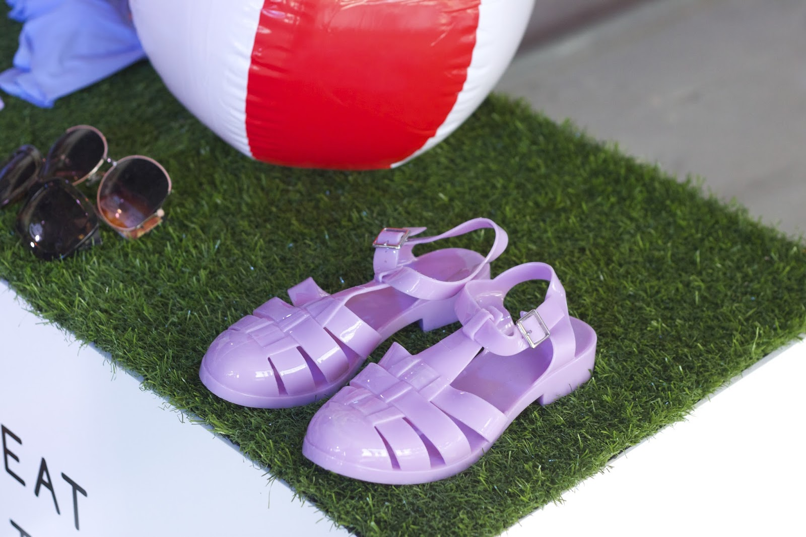 4b91c3522 Jelly sandals are so in with good price
