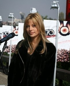 Милионерката Серданова, за която се гърмяха мутри, се хвана с мъж без пари