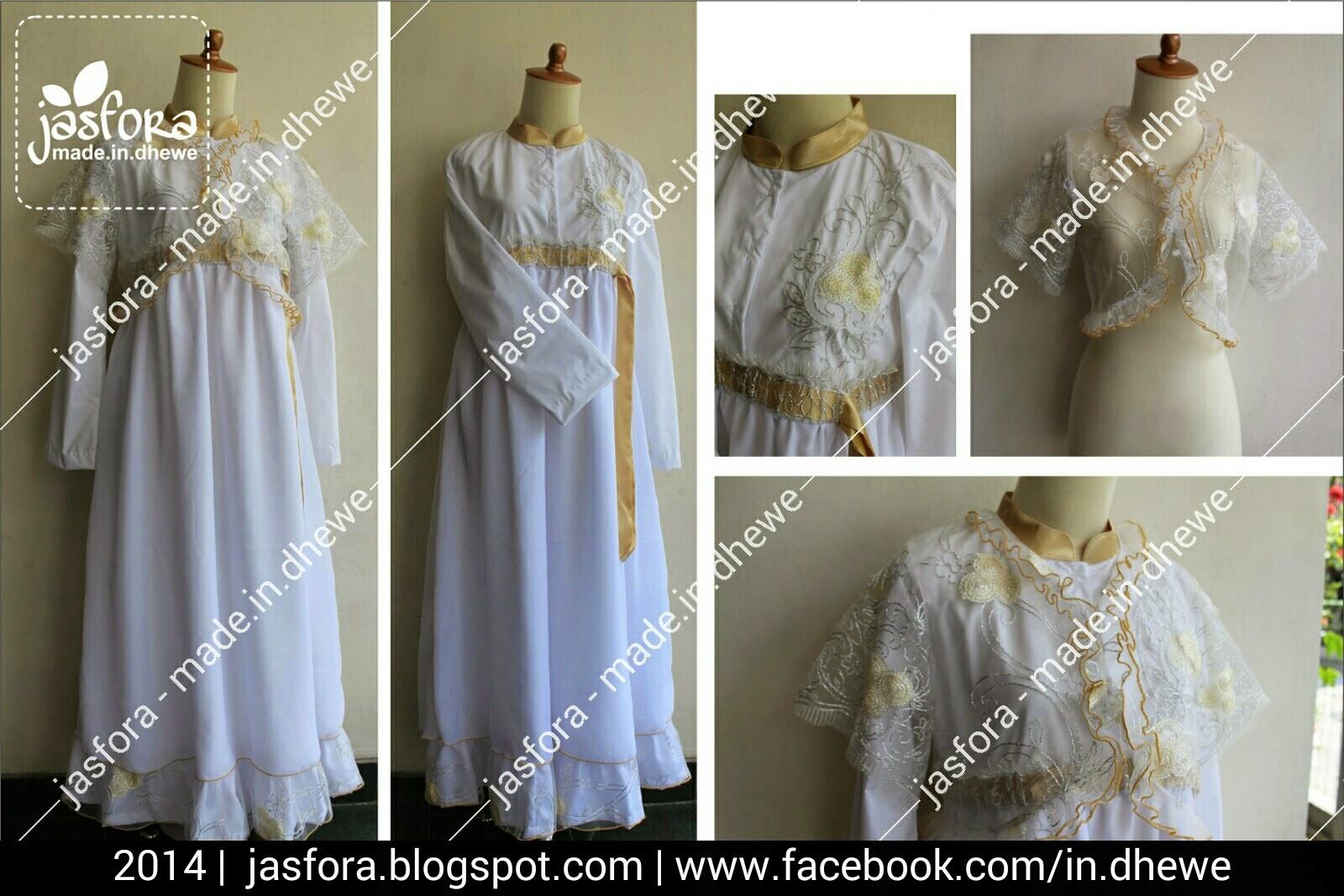 gaun pengantin muslimah katun poplin putih bersih kombinasi sifon ceruti putih bersih dengan bolero dari tile motif warna dasar putih tulang, dan list pinggir dengan pita emas